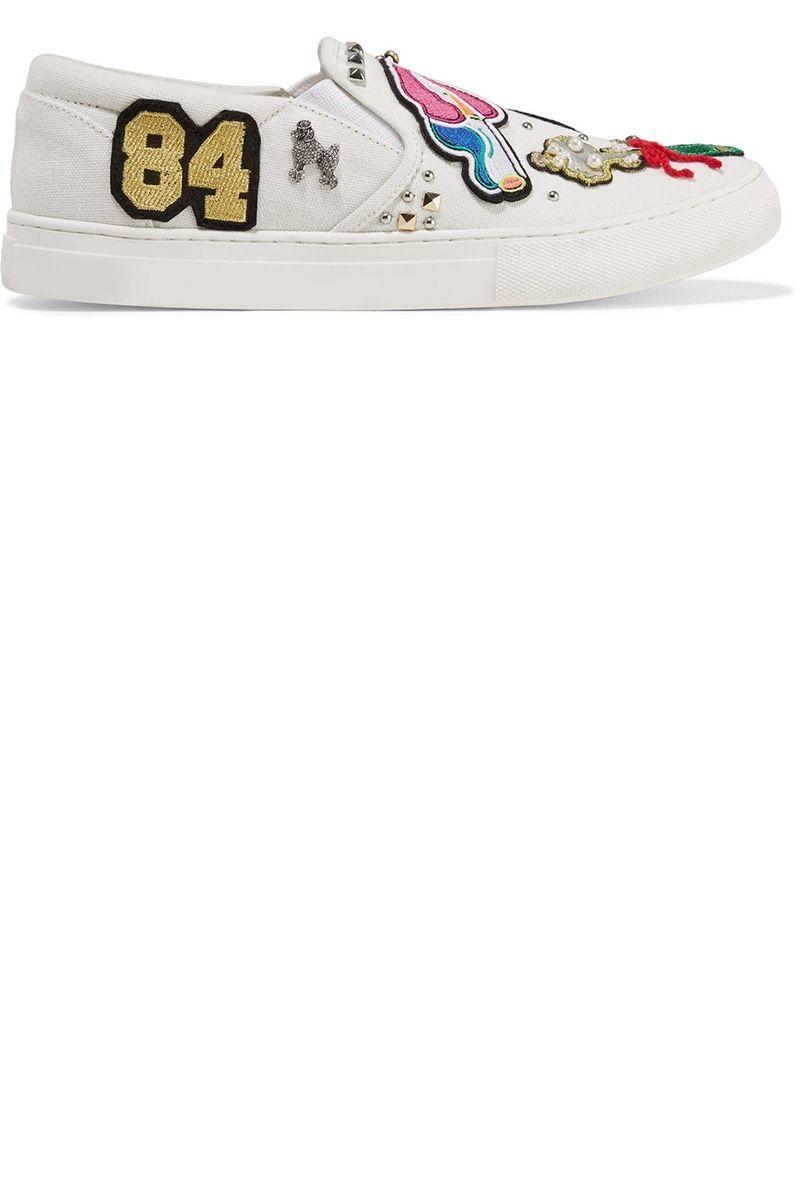 "<p>Sneakers <strong data-redactor-tag=""strong"" data-verified=""redactor"">Marc Jacobs</strong>, <em data-redactor-tag=""em"" data-verified=""redactor"">net-a-porter.com</em>. </p>"