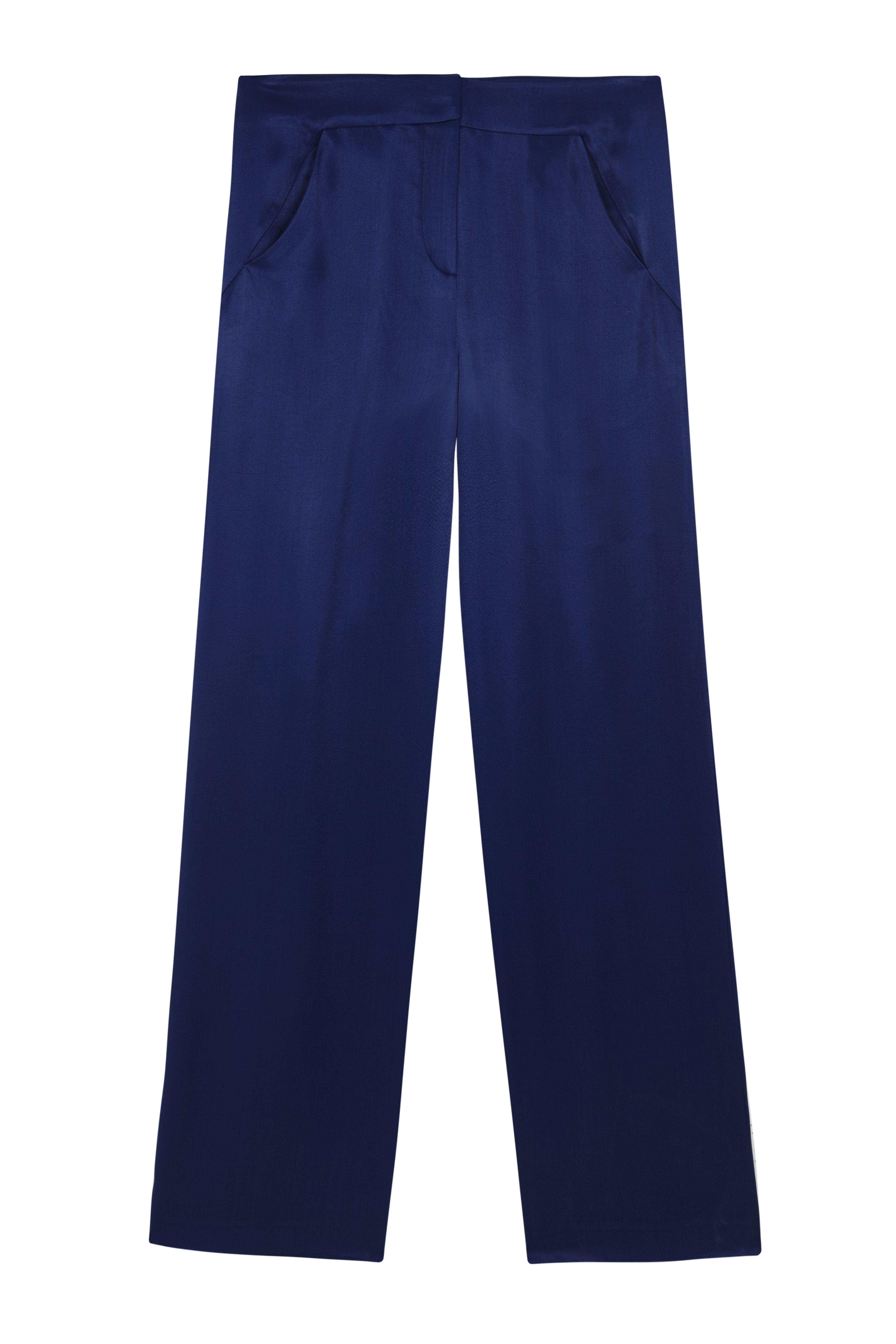 Moda navy estate 2017 con io pantaloni blu di Intropia