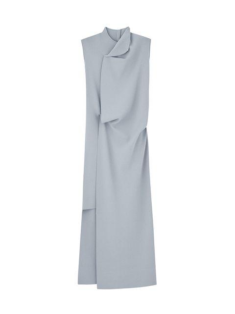 Vestiti lunghi con spacco elegante come il modello celeste di Cos