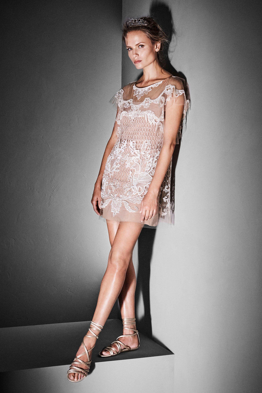 <p>Autunno/inverno2017 Couture.</p>