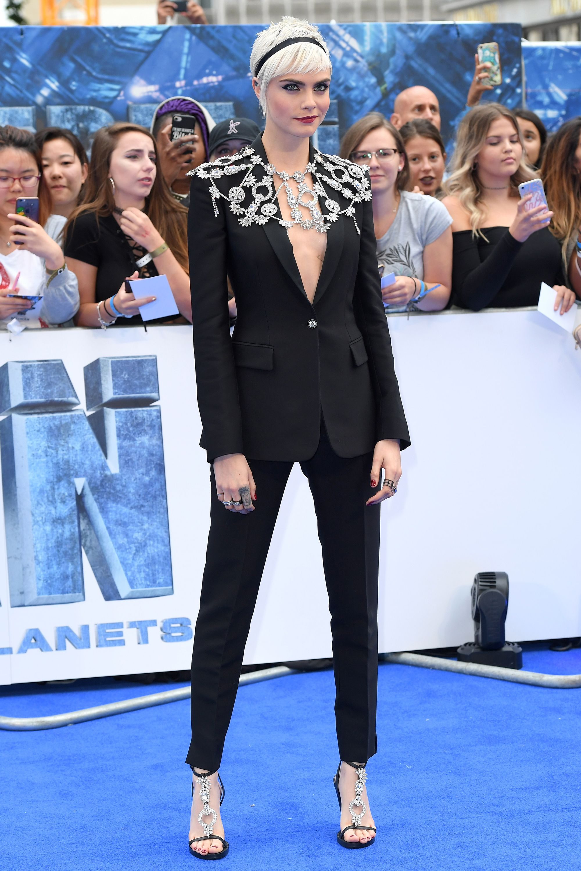 Cara Delevingne wearing Burberry at the Valerian premiere