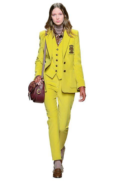 21d8009547dd Affronta l'autunno con grinta grazie ai tailleur pantalone color block