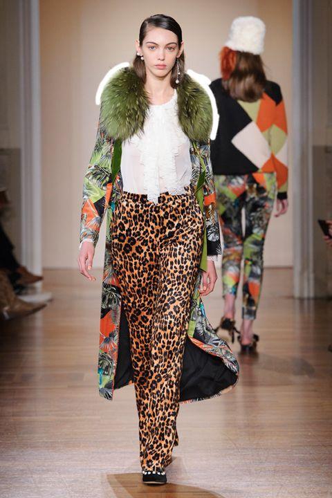 moda-autunno-2018-tendenza-animalier-Blugirl