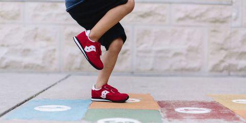 Leg, Human leg, Joint, Knee, Footwear, Calf, Arm, Ankle, Human body, Shoe,