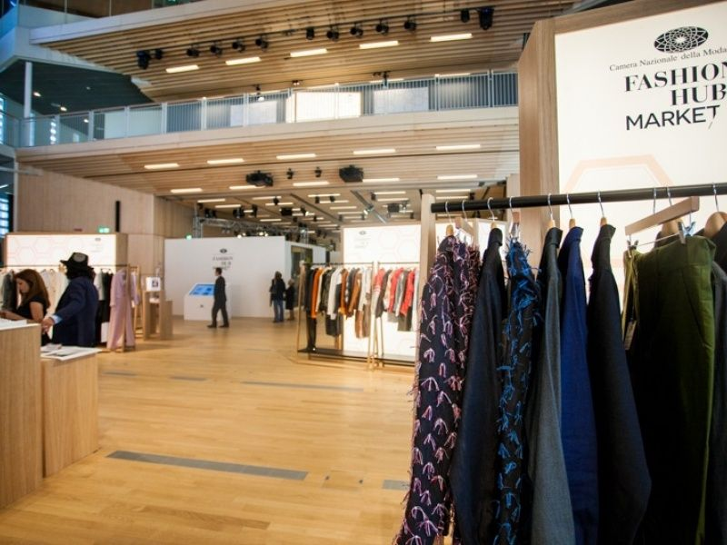 fashion hub market eventi democratici della milano fashion week