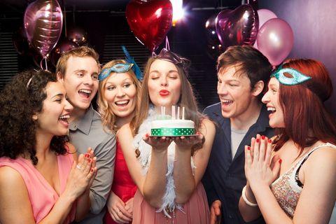16 Frasi Di Compleanno Bellissime Da Inviare Su Whatsapp