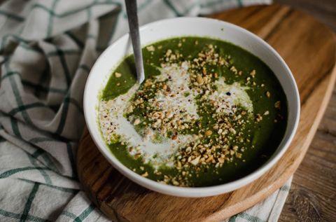 Crema di spinaci, cannellini e nocciole