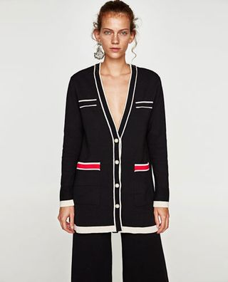 new styles 0e002 85b76 La giacca di Zara ispirata a Chanel è IL capo must have dell ...