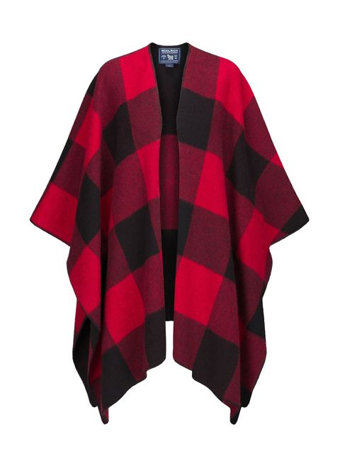 "<p>Poncho in lana: <strong data-redactor-tag=""strong"" data-verified=""redactor"">Woolrich Woman Collection</strong></p>"