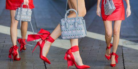 Scarpe alte e rosse puro amore! 9 modelli perfetti per le feste e ... 99d9050eb2b