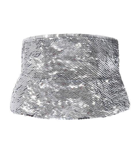 Accessori moda con paillettes per look capodanno come cintura di oscar de la renta