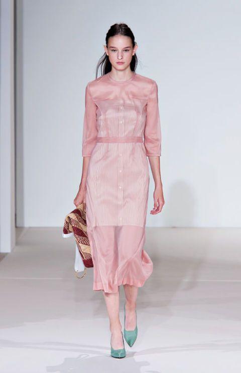 ebd35fa1c1d8 vestiti-moda-primavera-estate-2018-victoria-beckham
