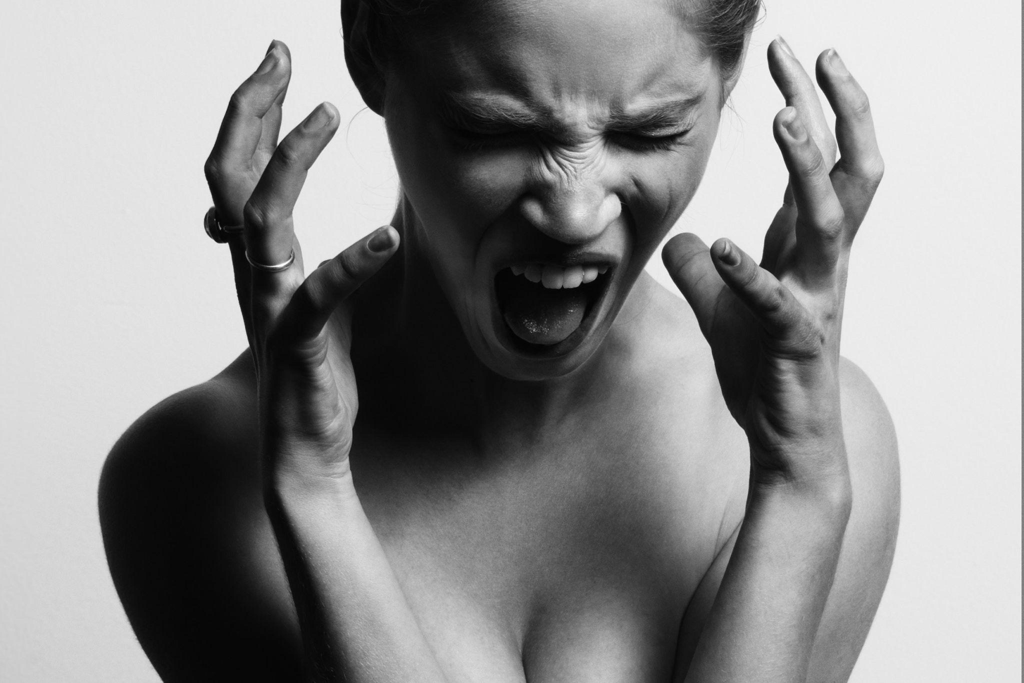 La rabbia repressa scarica