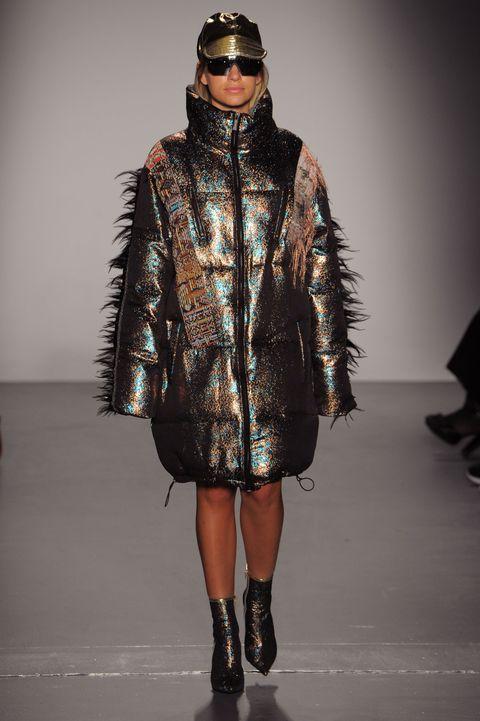 release date: bdc85 45562 Cappotti moda inverno 2019: i modelli più cool dalle sfilate