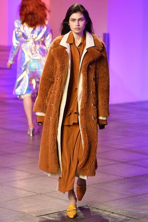 cfd07d9e3dfd Cappotti moda inverno 2019: i modelli più cool dalle sfilate