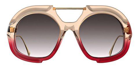 street-style-abito-fantasia-occhiali-fendi