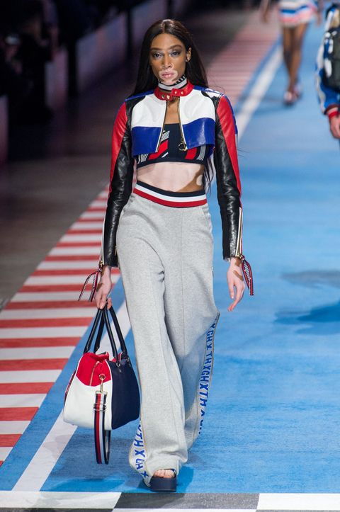 Tommy Hilfiger  la sfilata estate 2018 alla Milano fashion week 9e1c86ee1e6