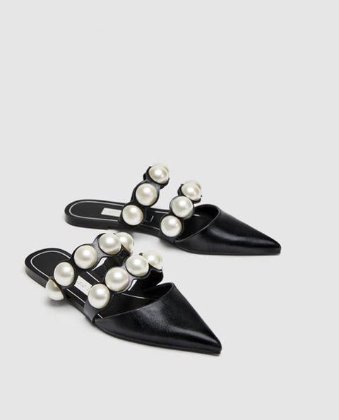 Le scarpe basse di Zara per l estate 2018 sembrano Chanel e sono top 028ea1d8081