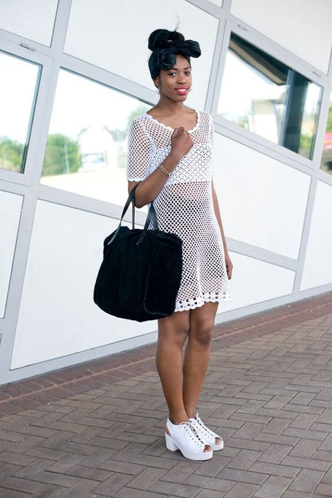 White, Shoulder, Clothing, Street fashion, Fashion, Snapshot, Joint, Footwear, Black-and-white, Bag,