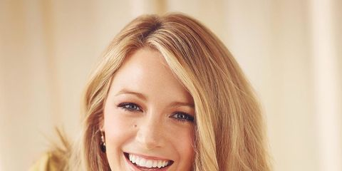 Smile, Lip, Happy, Facial expression, Tooth, Beauty, Blond, Long hair, Eyelash, Brown hair,
