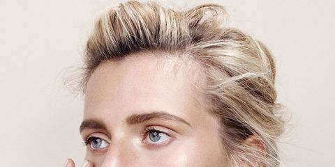 Ear, Lip, Finger, Hairstyle, Skin, Chin, Forehead, Eyebrow, Eyelash, Style,
