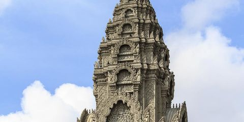 Architecture, Cloud, Landmark, Carving, Relief, Cumulus, Place of worship, Temple, Ancient history, Hindu temple,