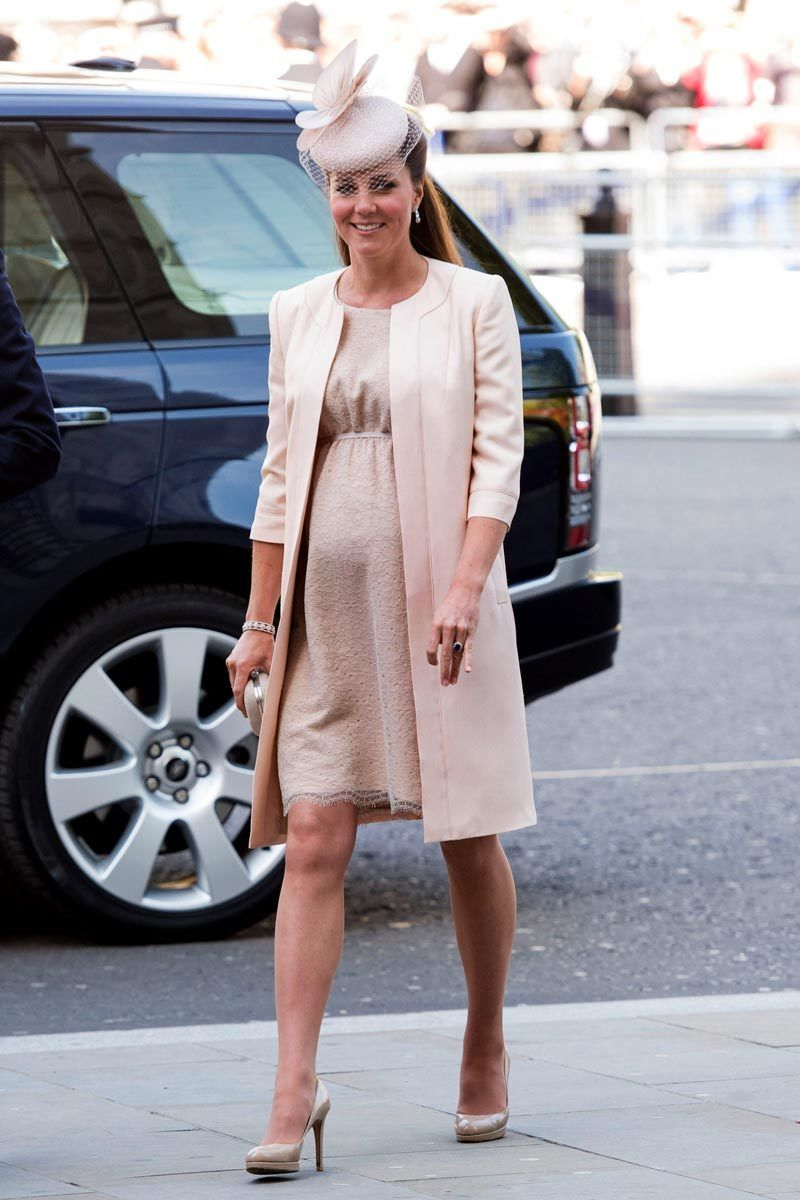 The duchess of cambridges maternity style kate middletons the duchess of cambridges maternity style kate middletons pregnancy fashion ombrellifo Image collections