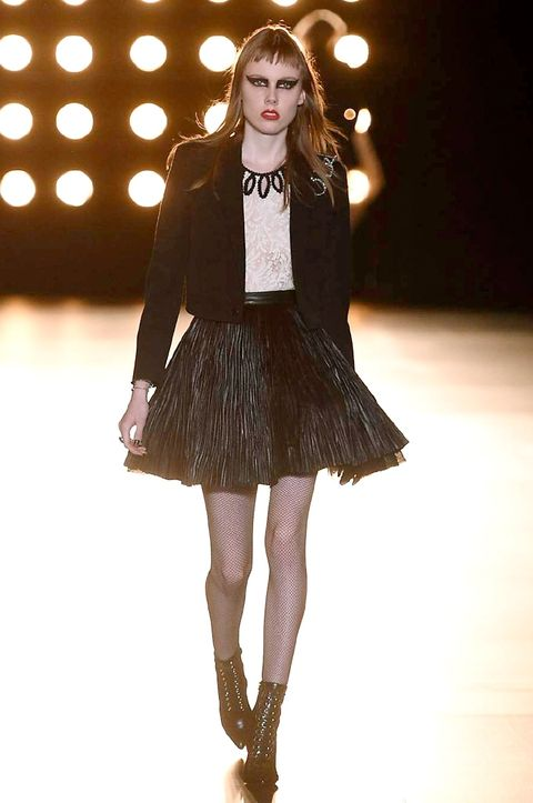 Fashion show, Style, Knee, Fashion model, Dress, Street fashion, Fashion, Waist, Runway, Thigh,