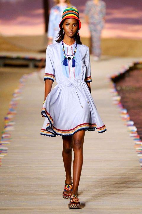 Sleeve, Shoulder, Dress, Style, Fashion accessory, One-piece garment, Street fashion, Fashion model, Fashion, Pattern,