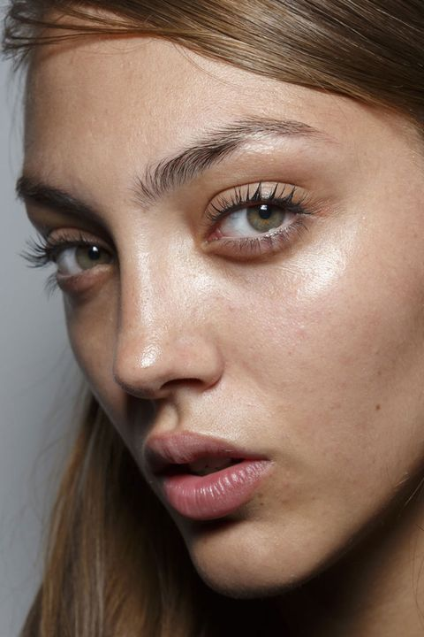 How to get the most natural looking eyelash extensions - Edy