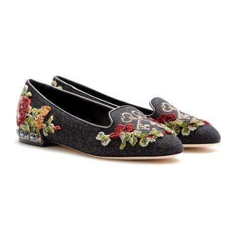 Brown, Beige, Ballet flat, Maroon, Natural material, Embellishment, Slipper,