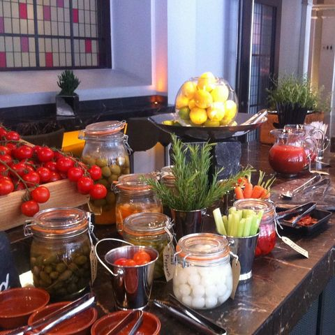 Food, Tableware, Produce, Interior design, Bowl, Cuisine, Natural foods, Mason jar, Whole food, Dish,