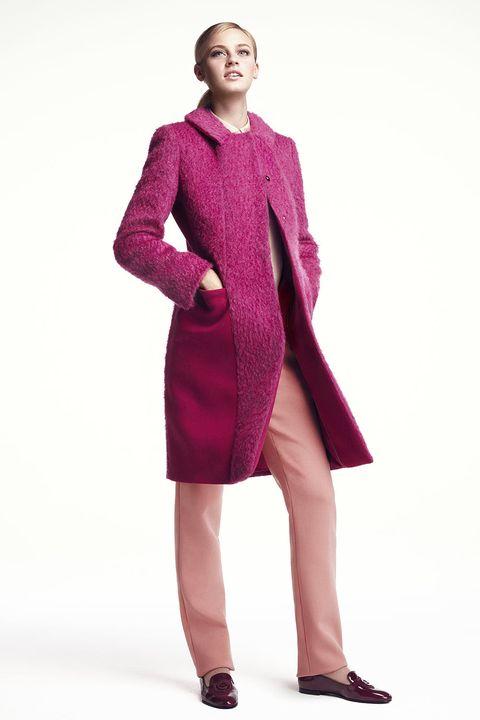 Sleeve, Shoulder, Standing, Joint, Collar, Magenta, Fashion, Neck, Pattern, One-piece garment,