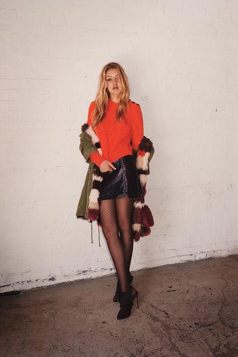 Clothing, Textile, Bag, Outerwear, Street fashion, Knee, Luggage and bags, Beige, Fur, Handbag,