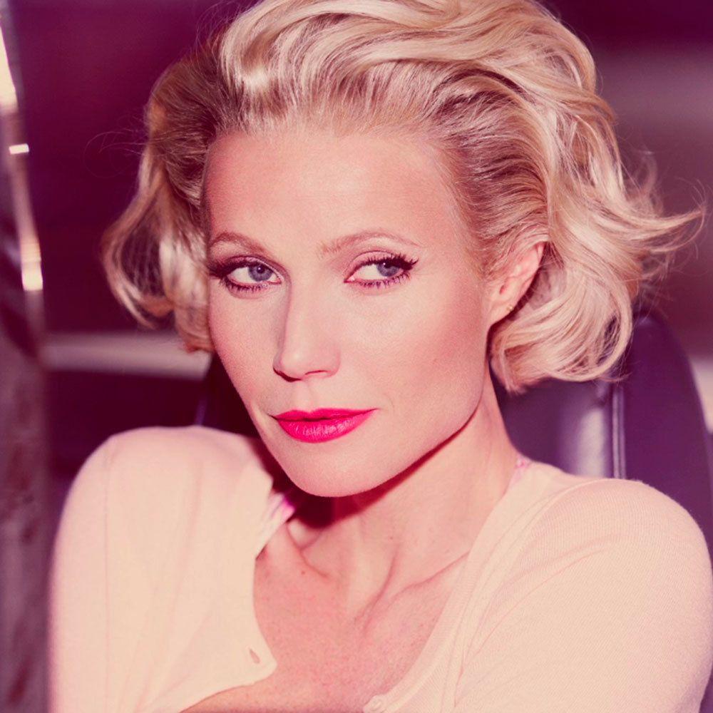 Gwyneth Paltrow Becomes Marilyn Monroe