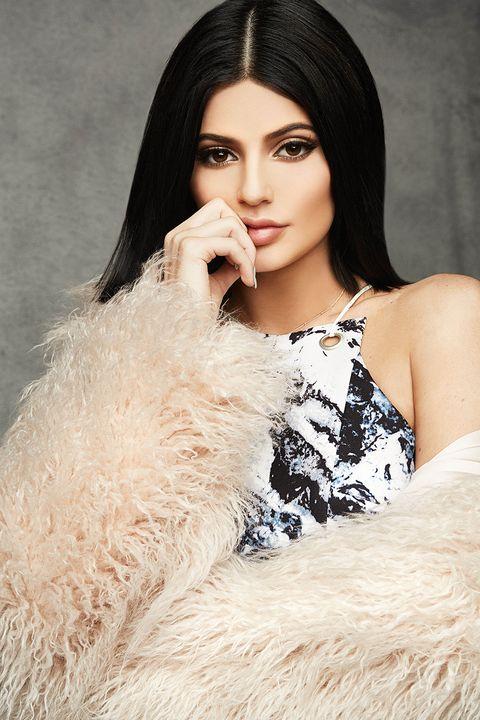 Clothing, Hair, Face, Nose, Human, Lip, Hairstyle, Skin, Eyebrow, Eyelash,