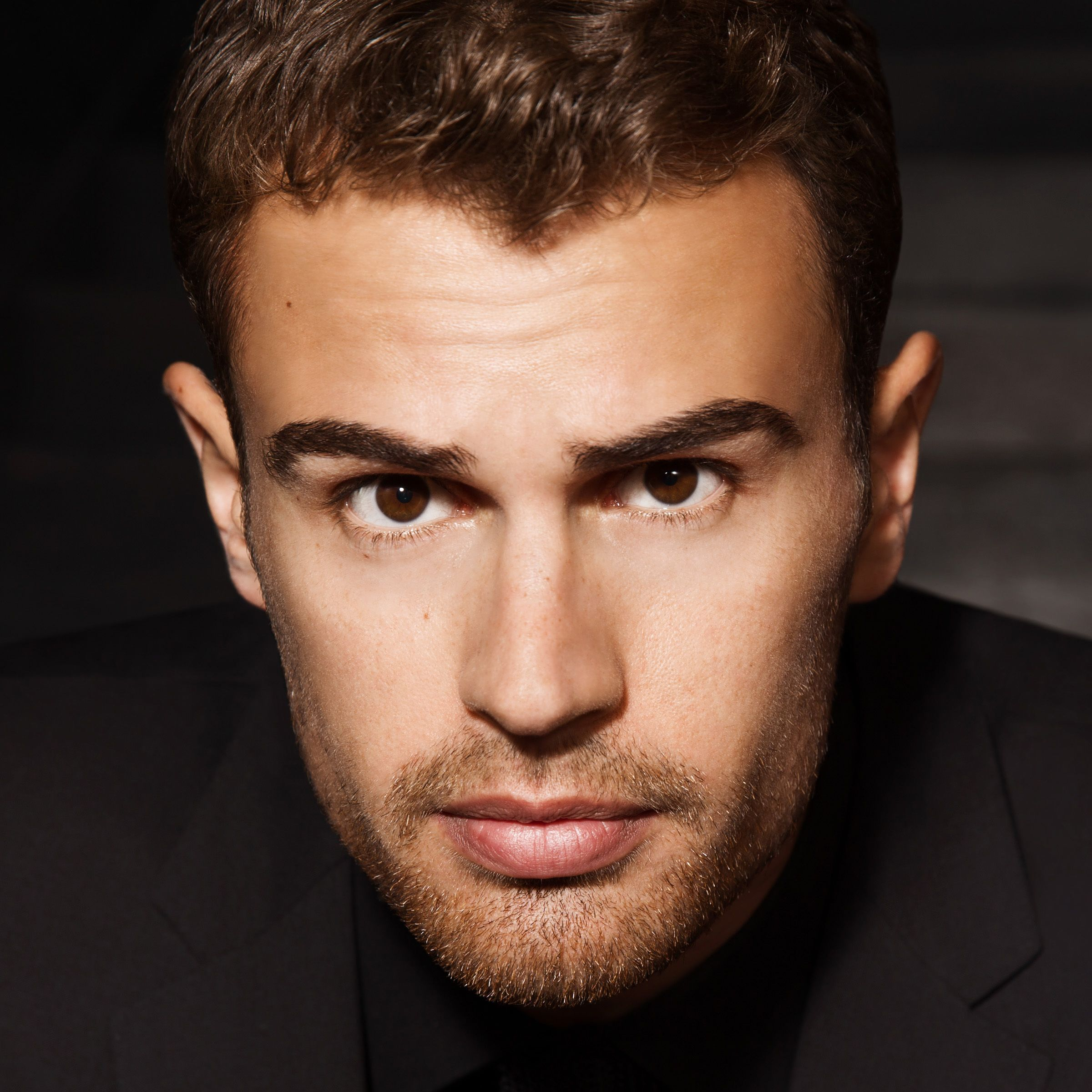 Two minutes with theo james m4hsunfo