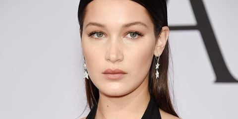 Ear, Lip, Hairstyle, Skin, Chin, Forehead, Shoulder, Eyebrow, Eyelash, Earrings,