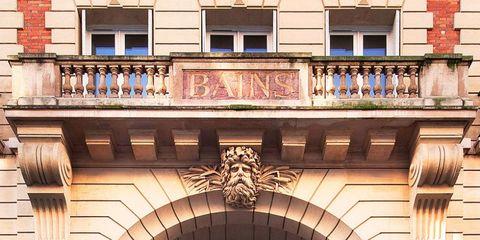 Facade, Architecture, Brick, Building, Arch, Brickwork, Material property, Balcony, Symmetry, Molding,