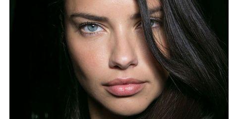 Lip, Mouth, Cheek, Hairstyle, Chin, Forehead, Eyebrow, Eyelash, Beauty, Iris,