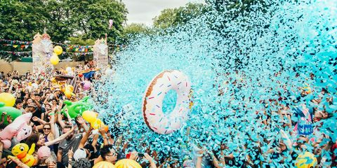 Fun, Crowd, People in nature, Hat, Colorfulness, Fan, Celebrating, Aqua, Party, Audience,