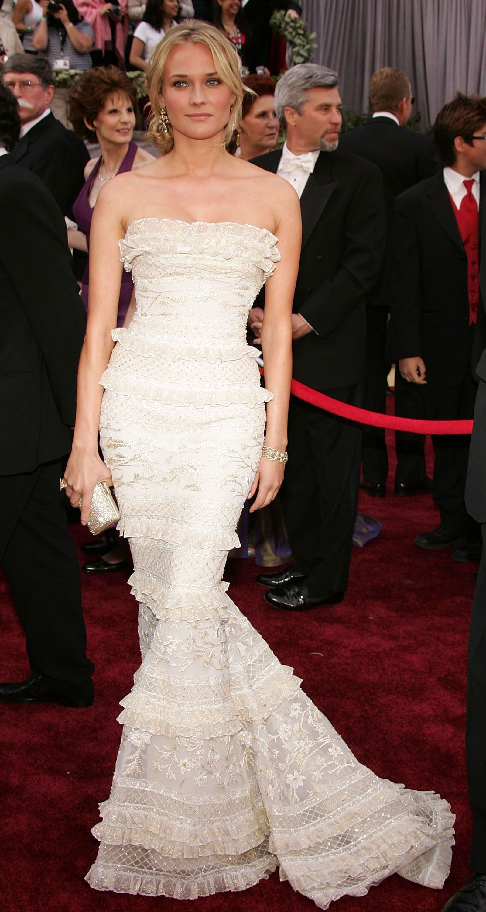 To acquire Wedding Strapless dresses with red picture trends