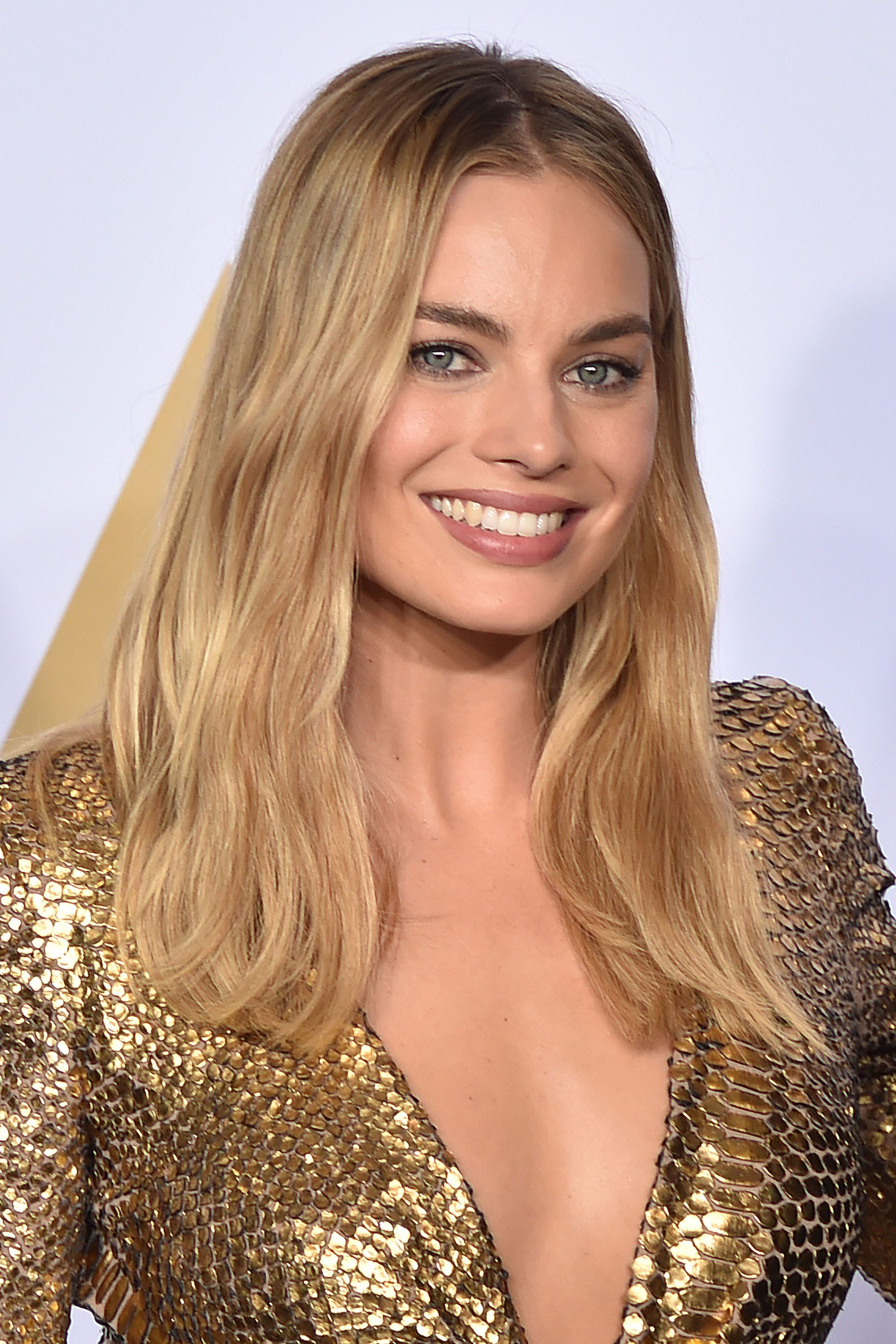 Margot Robbie Brown Hair Brown Hairs