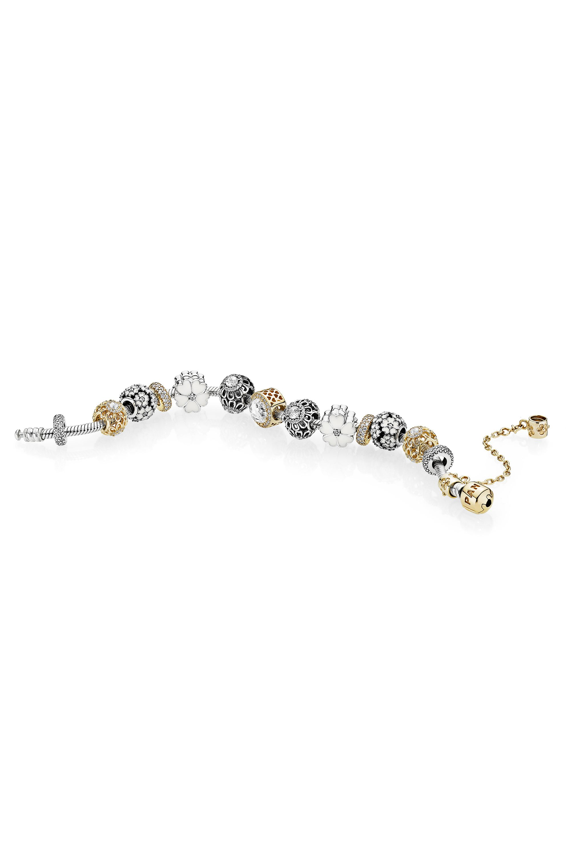 10 classic pieces of jewellery every woman should own - Cartier ...