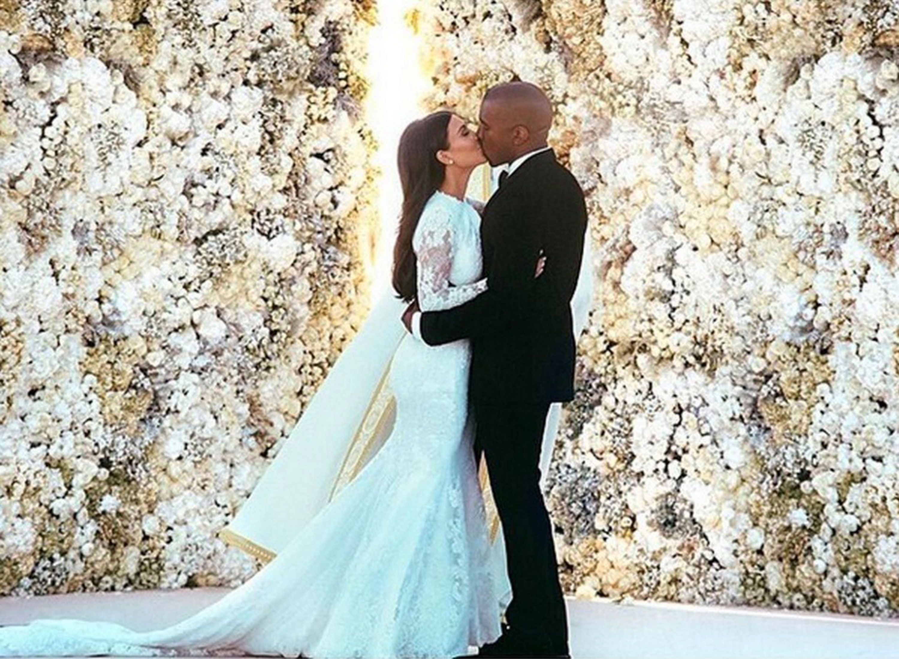 Kim Kardashian And Kanye West S Wedding Album