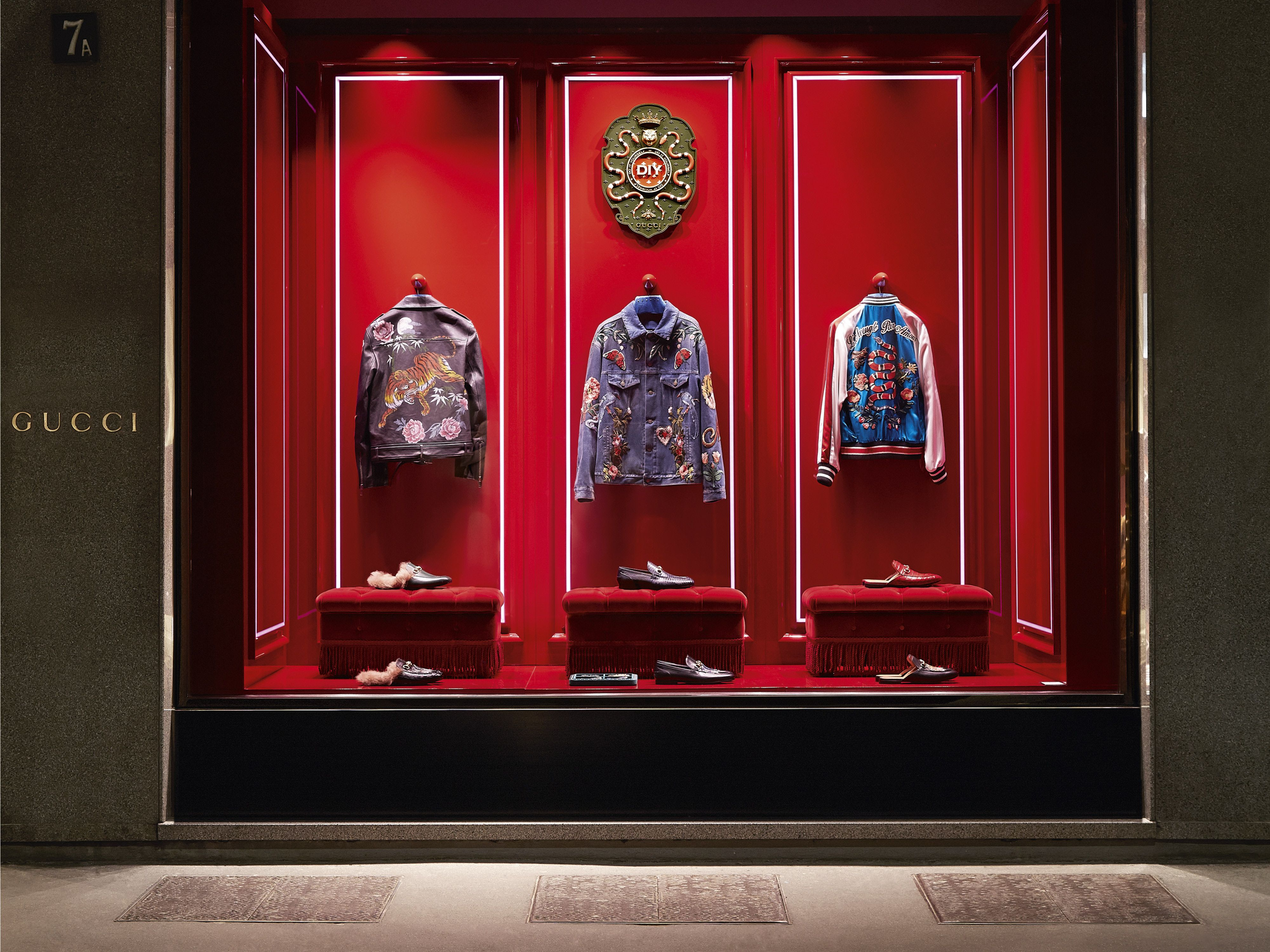 0971ad911daf Gucci expands its personalisation service