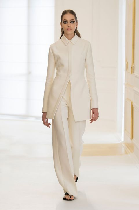Dior Couture autumn/winter 2016 show pictures