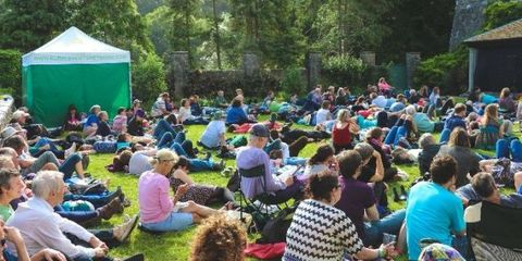 Green, Event, Crowd, Mammal, Leisure, Community, Style, Chair, Summer, Audience,