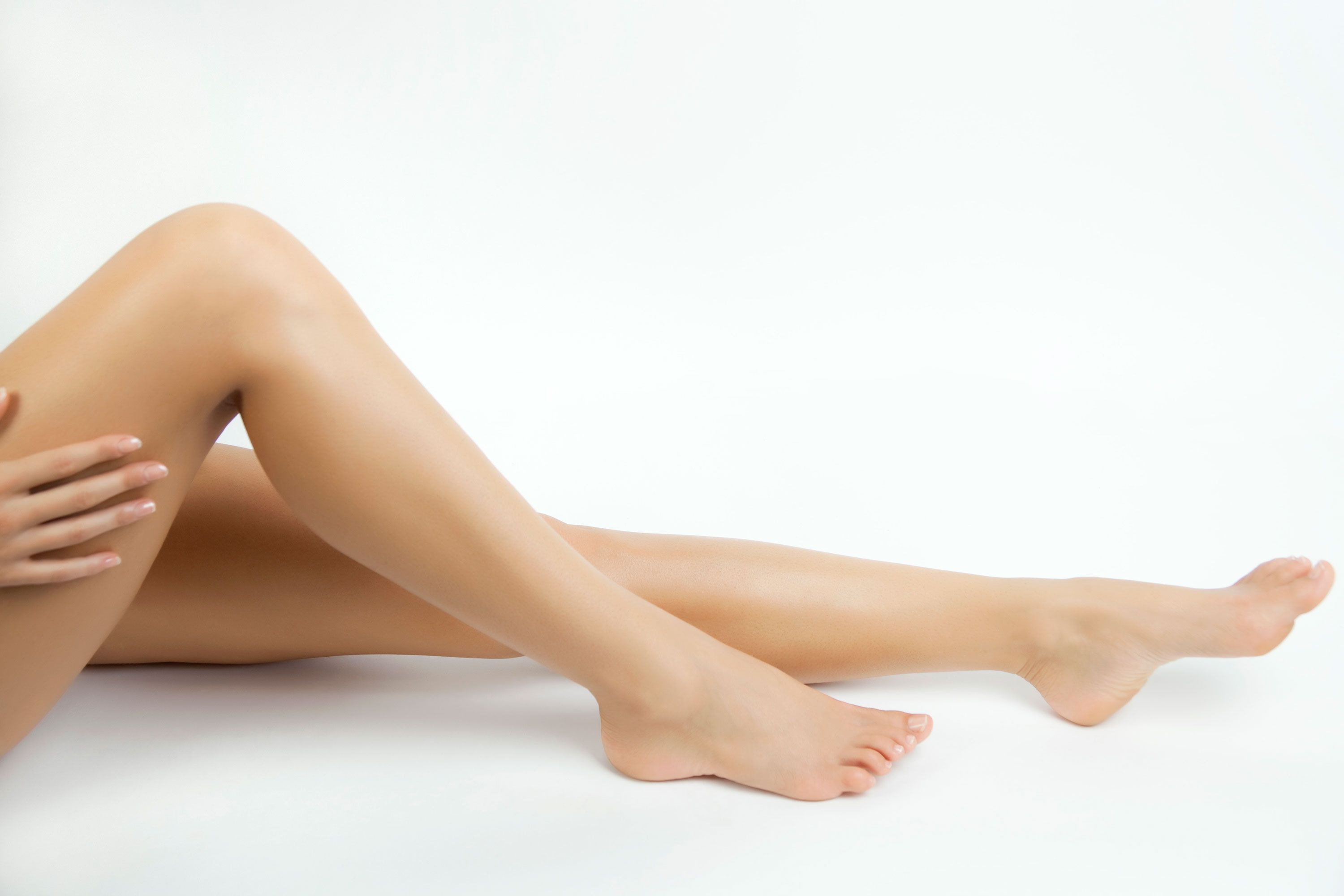 Treatment of nicked vein shaved leg