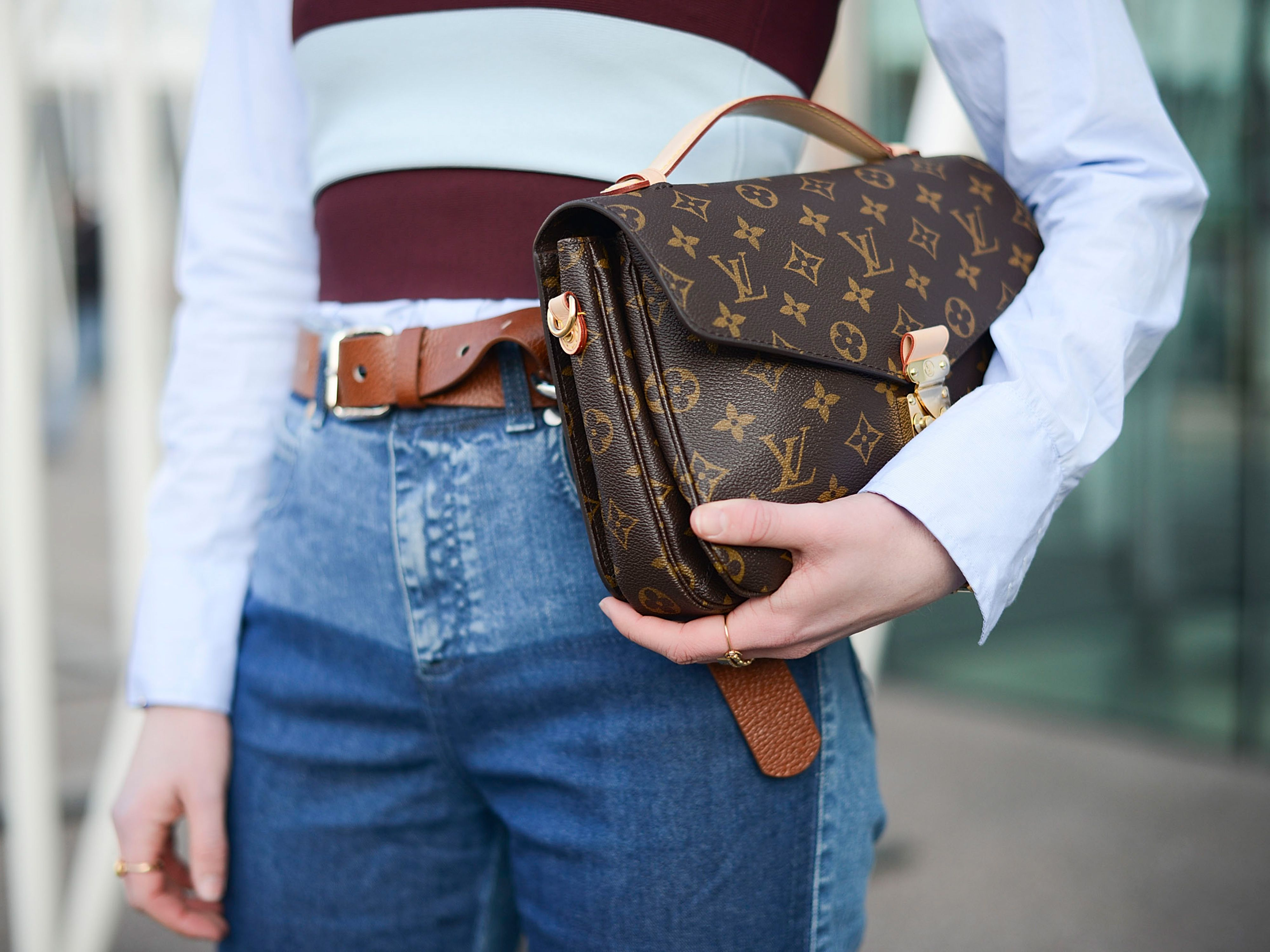 A Louis Vuitton handbag is now cheaper to buy in London than ...